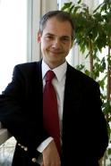 Stefan G. Hofmann
